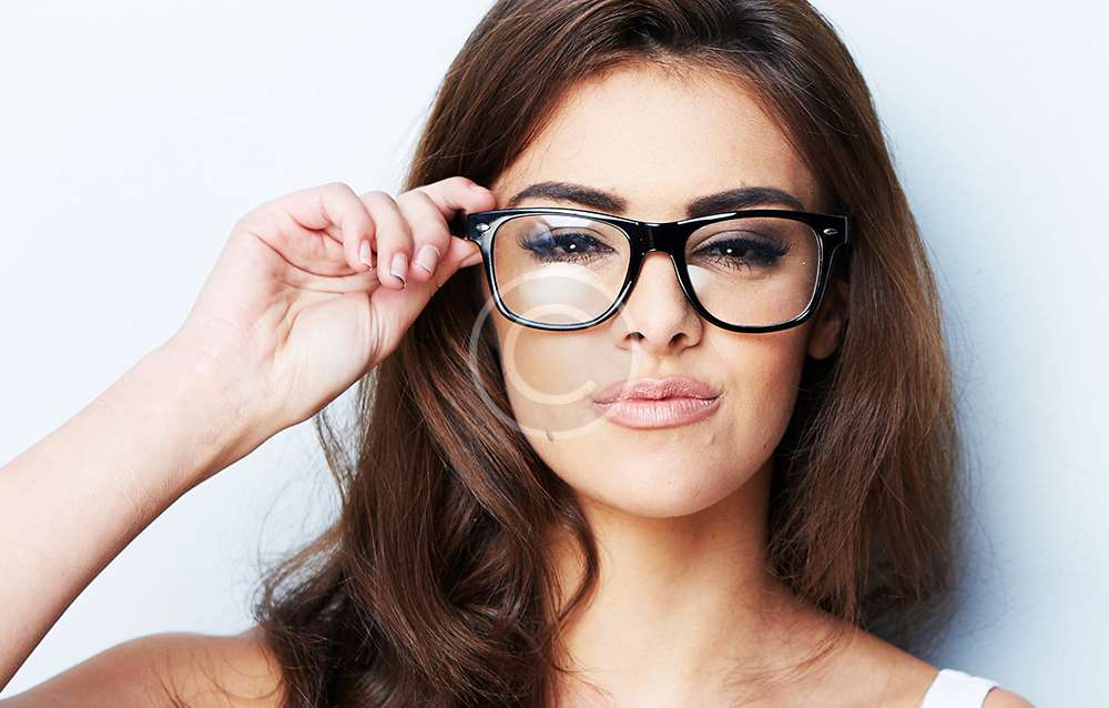 Makeup Tips for Girls with Glasses